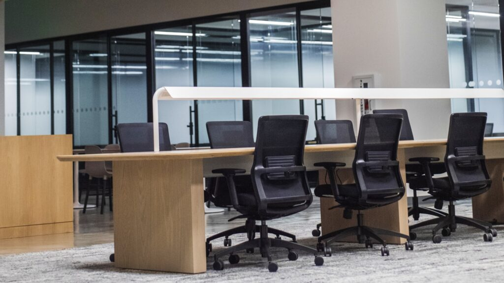 7 Best Office Chairs for Engineers